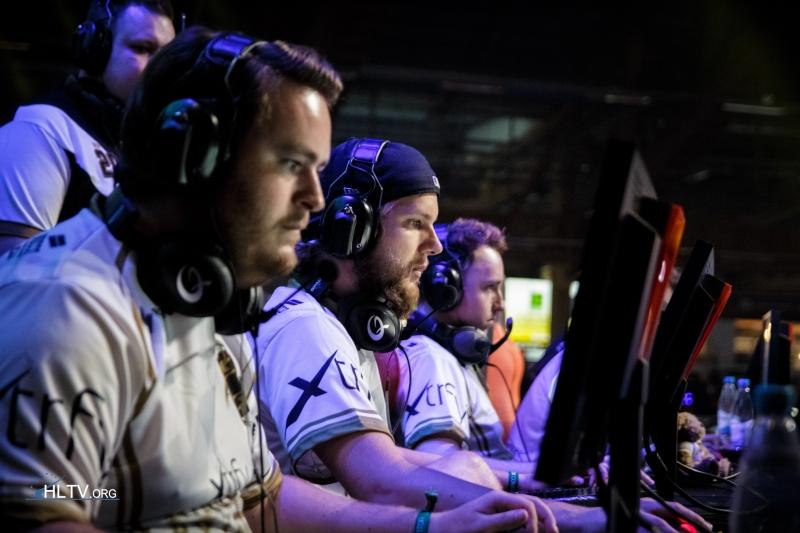 Команда NiP участвует в турнире в Дубае