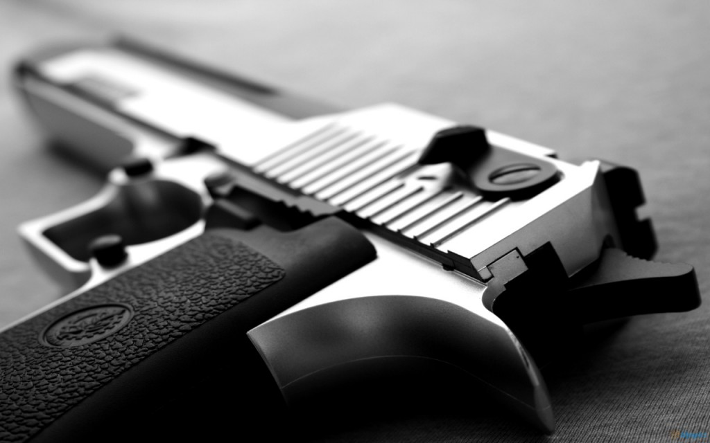 Как играть с пистолетами в cs:go