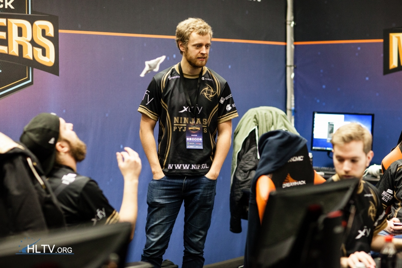 DreamHack Masters Malmö 2016: Итоги первого дня